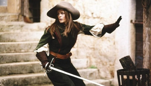 Lady musketeer. Note the doubled-over sleeves and long gloves